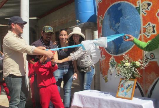 Cutting the ribbon in Pozo Hondo