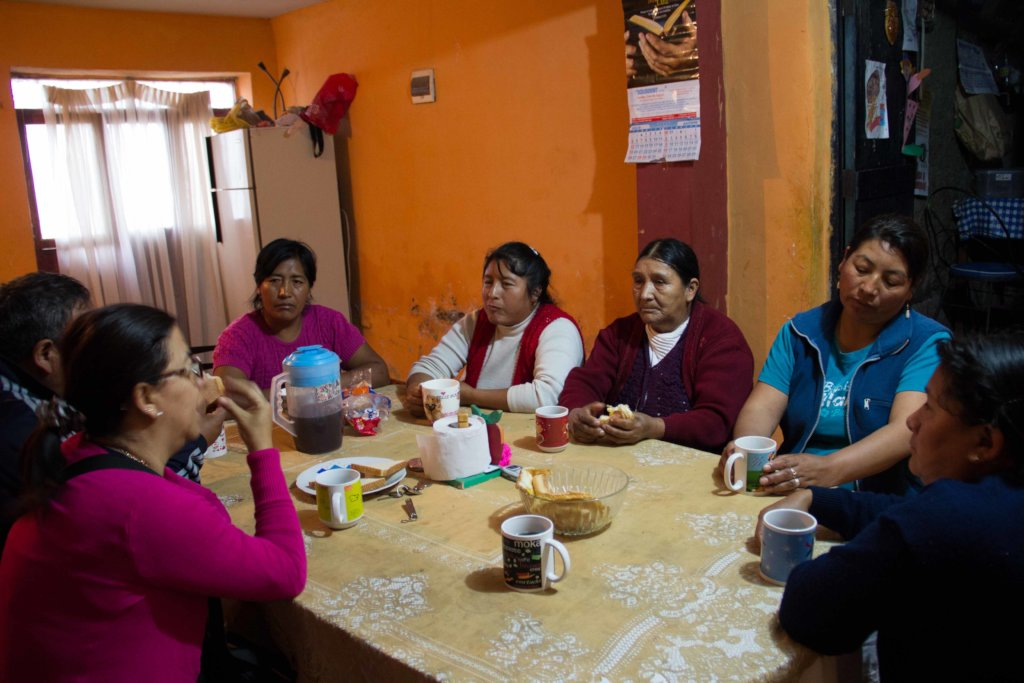 Gisela Ortiz meets with families of disappeared