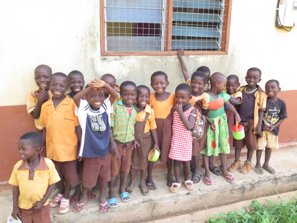 Providing School Supplies to 100 Children in Ghana