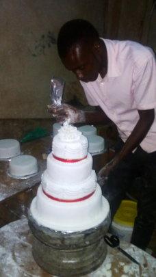Designing a wedding Cake