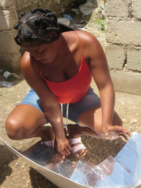 A new solar cooker at ACFFC in Jacmel, Haiti