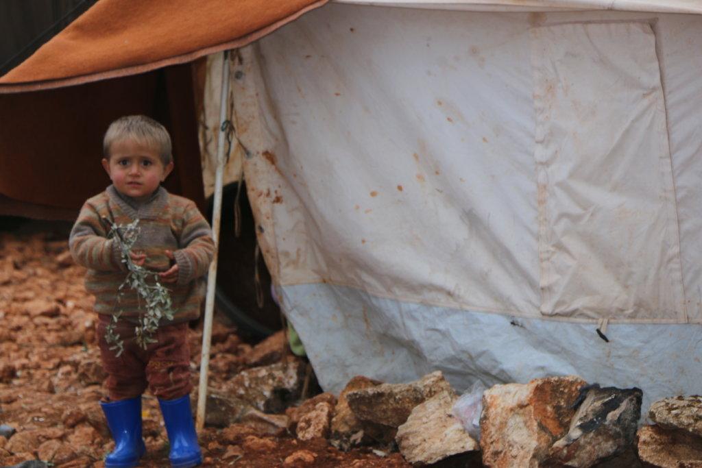 Keep Syrian Children Warm this Winter