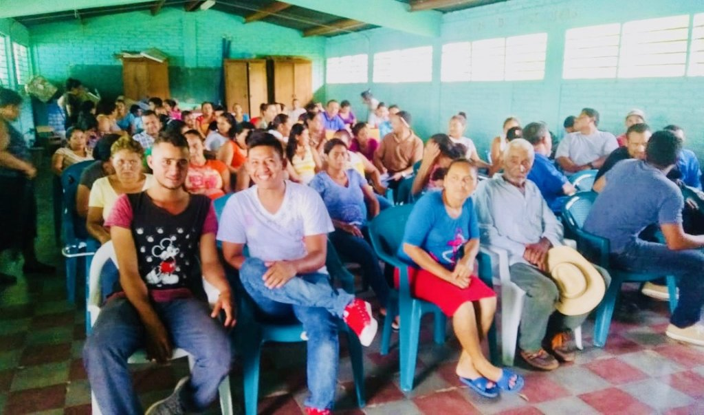 1st Community Meeting in Quebrada Grande, Cedros.