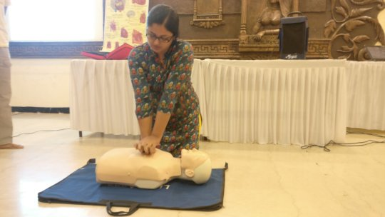 Effective CPR hands-on-training to Doctors Assn