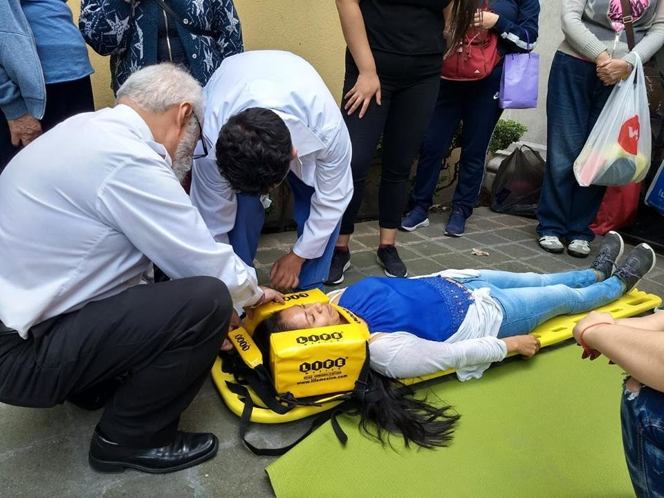 First aid workshop for women in Mexico City