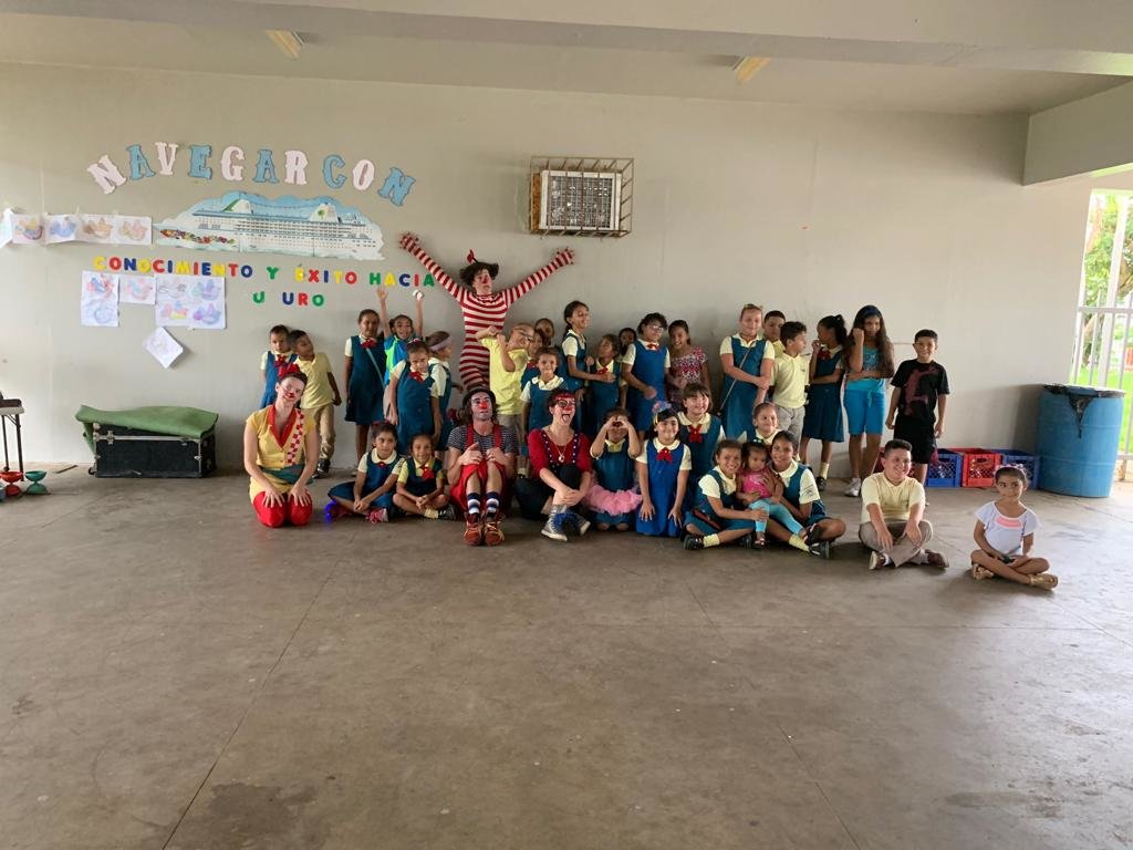 Clowns W/O Frontiers visit to elementary school