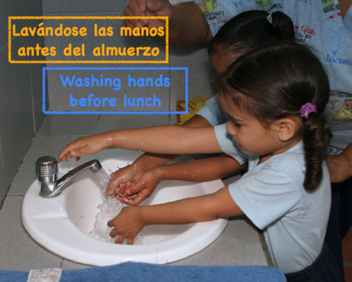 Washing hands / lanvandose las manos