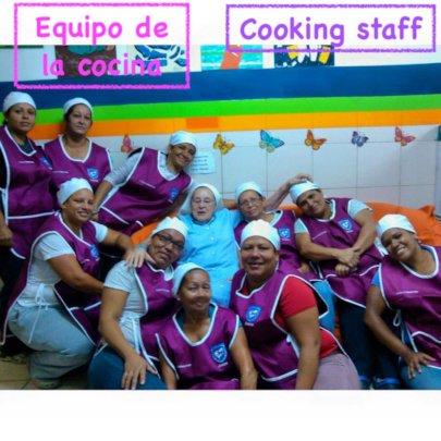Cooking staff / Equipo de la cocina