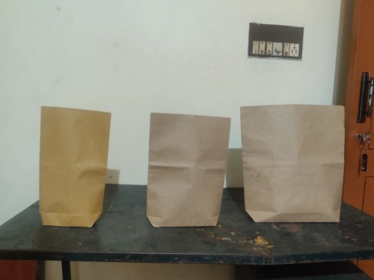 small, medium and large sized paper pouches