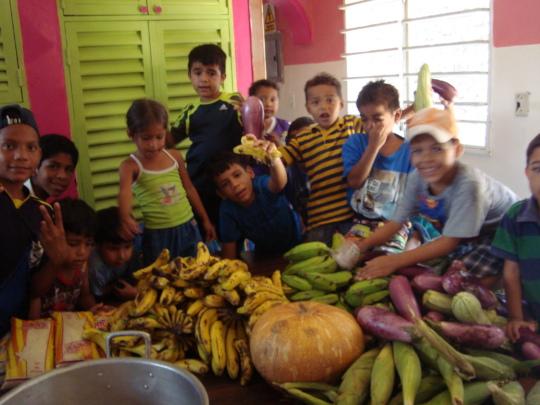 Children rejoice when SAI food delivery arrives