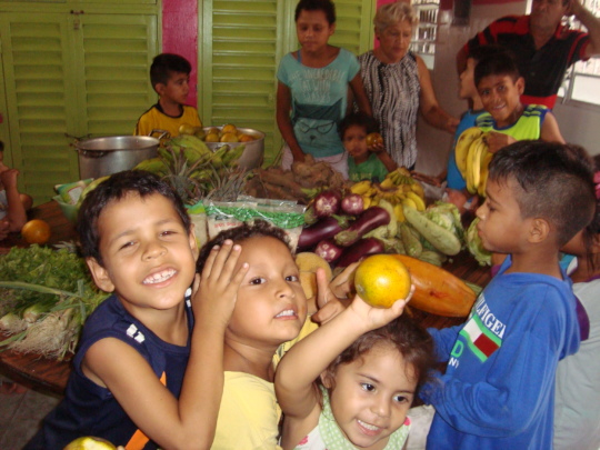 Children get excited when SAI delivers needed food