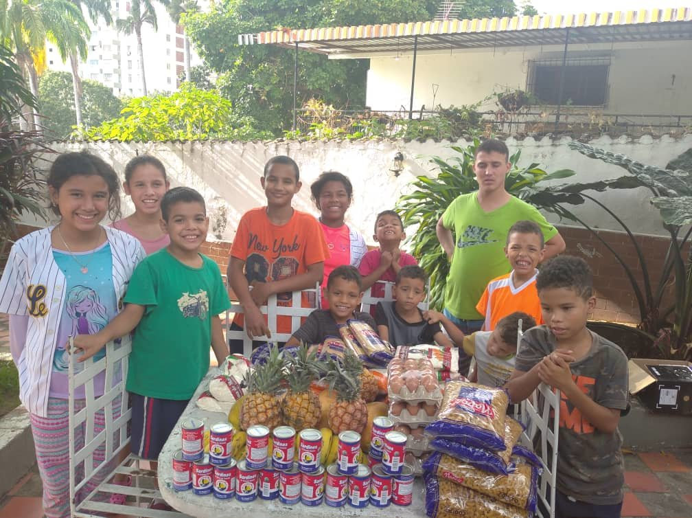 See the Joy of SAI food delivery to orphanage
