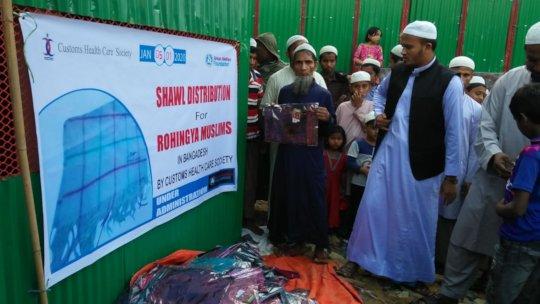 Rohingya Refugee Getting Winter Package