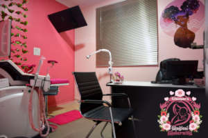 Our modern gynaecology room with 4D scanner