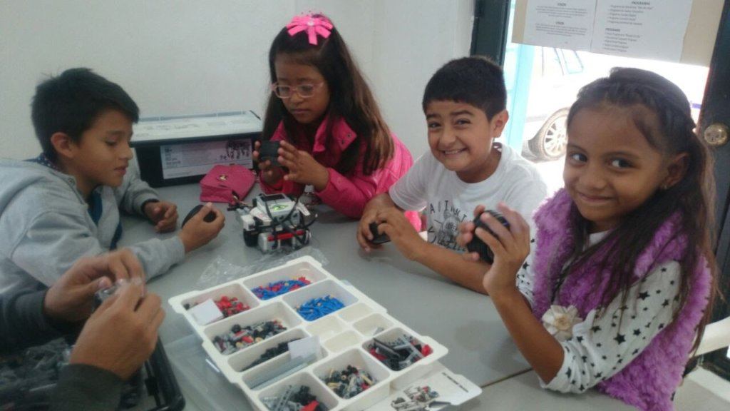 Robotic Project for 60 students in Cundinamarca