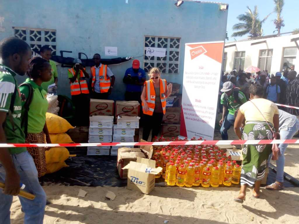 supporting food distribution to cyclone survivors