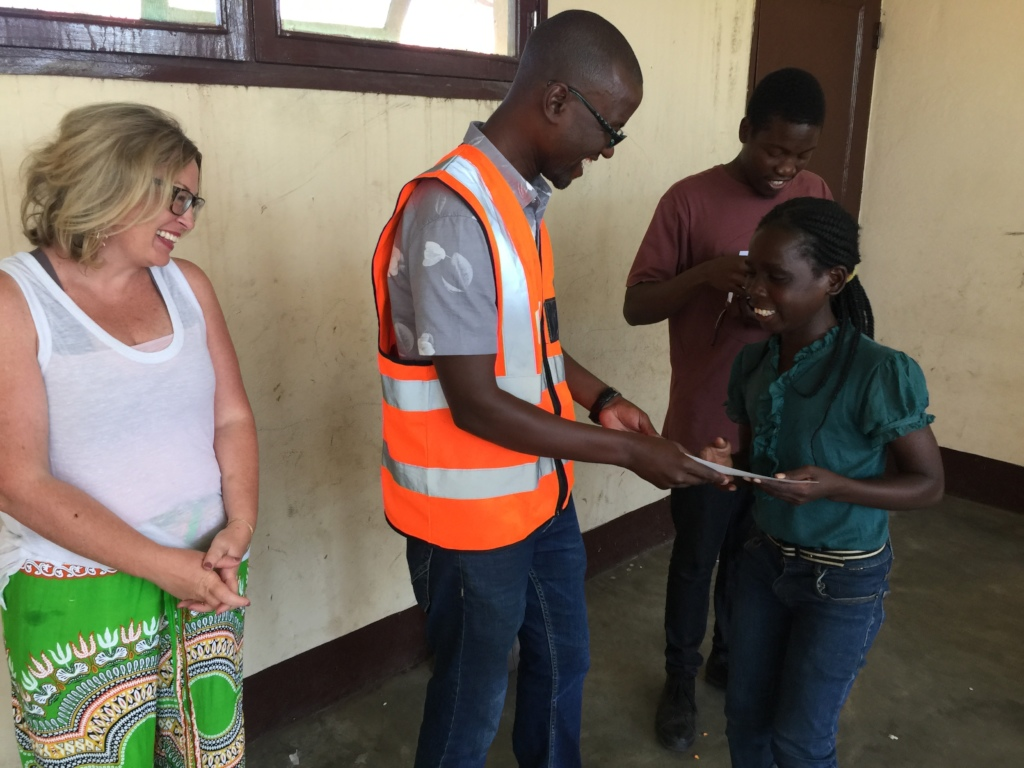 Healing Play Trainee Receiving Her Certificate