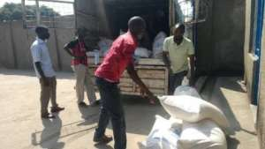 Delivery of food from Red Cross for HIV+ people