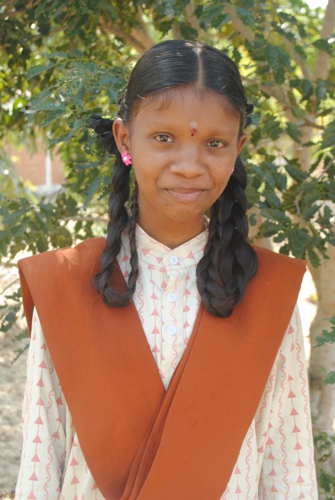 Pavithra from Cuddalore Isha Vidhya school