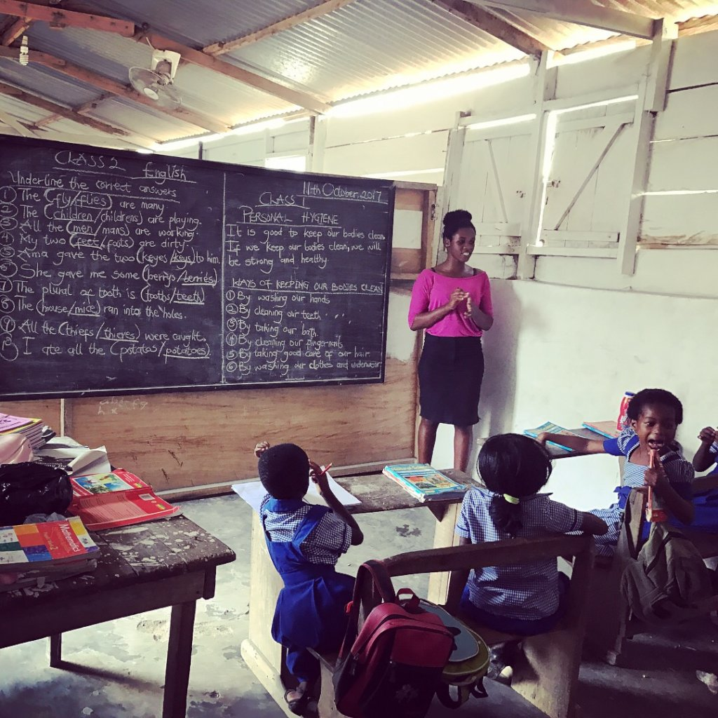 Build libraries for 2 deprived schools in Akweley