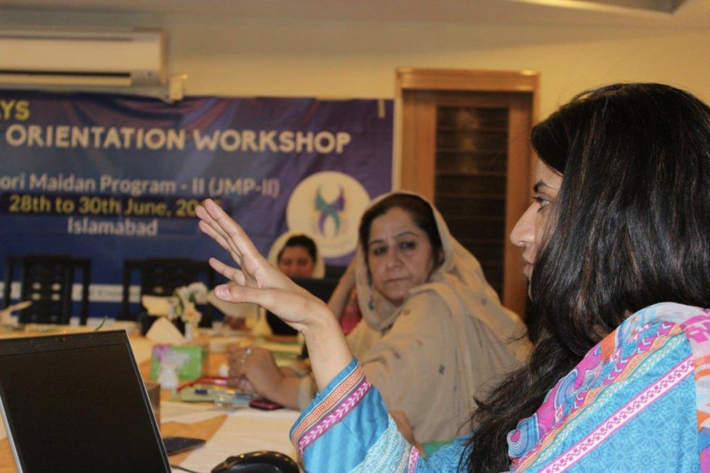 Support Women's Peacebuilding in Pakistan