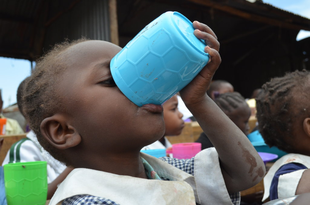 Feed 1,530 Kenyan School Children with Porridge
