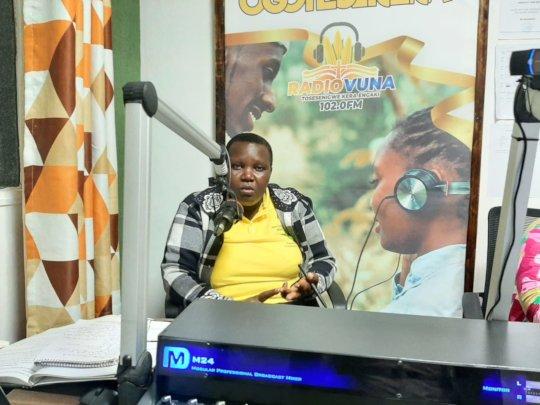 HFAW CHHRP, Gladys at Radio Vuna