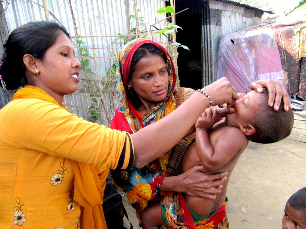 HEALTHY MOTHERS AND HEALTHY BABIES IN BANGLADESH