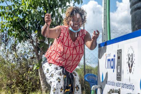 Sustainable solar-powered water kiosks in Ghana