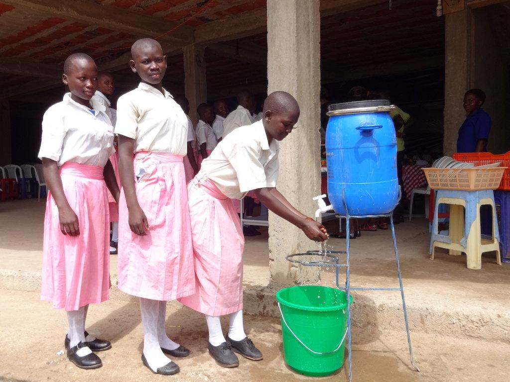 Improve menstrual health for 500 girls in Uganda