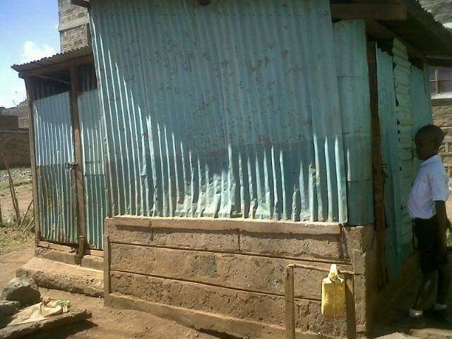2000 students in Nairobi, in dire need of toilets
