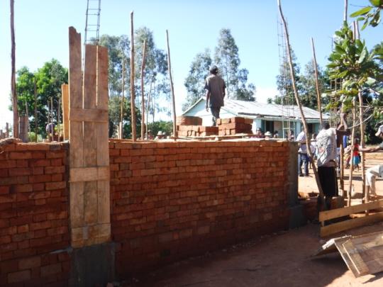 A New Building for Fiadananan's School