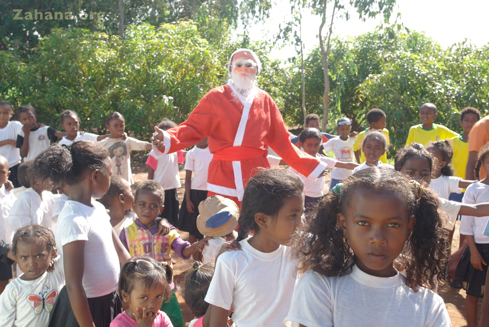 Dancing and celbrating with Santa
