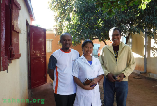 Midwife and husband with the regional director