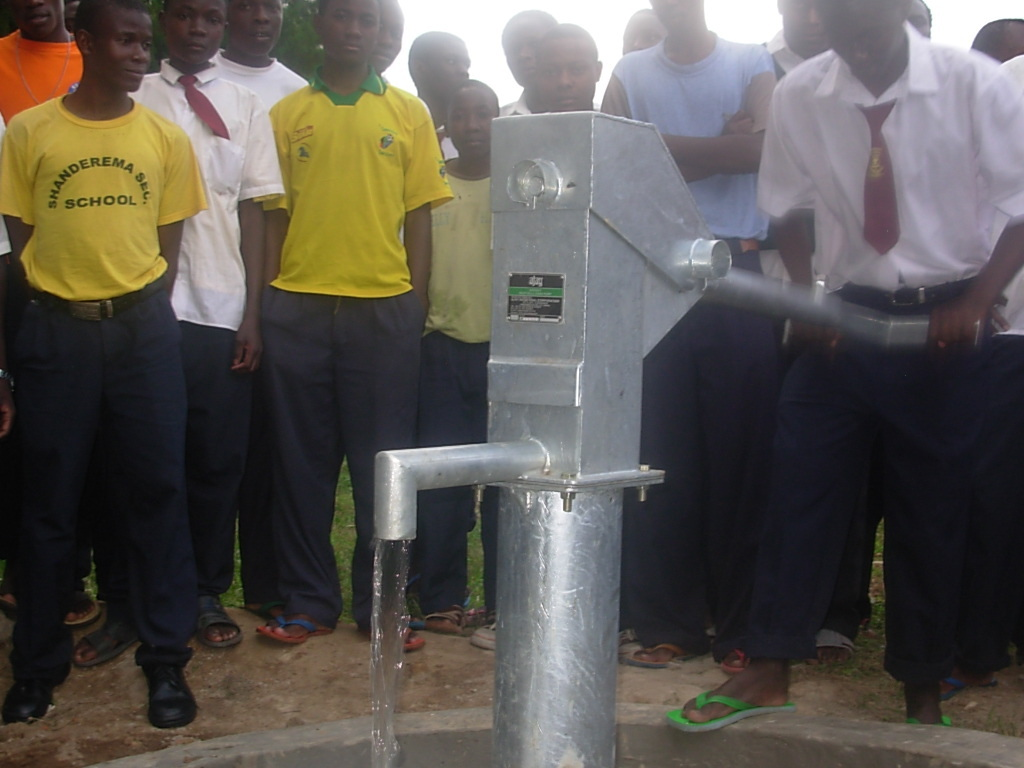 The new well at Shanderema