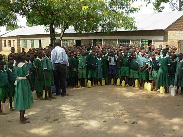 Provide Clean Water for 1,000 Students in Kenya