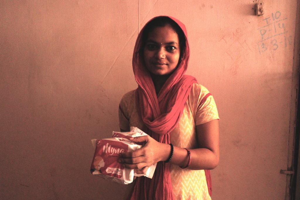 Empower women in Mumbai slums with jobs & hygiene