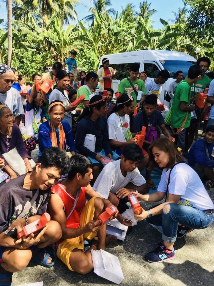 72 families receive solar lamps and street lights