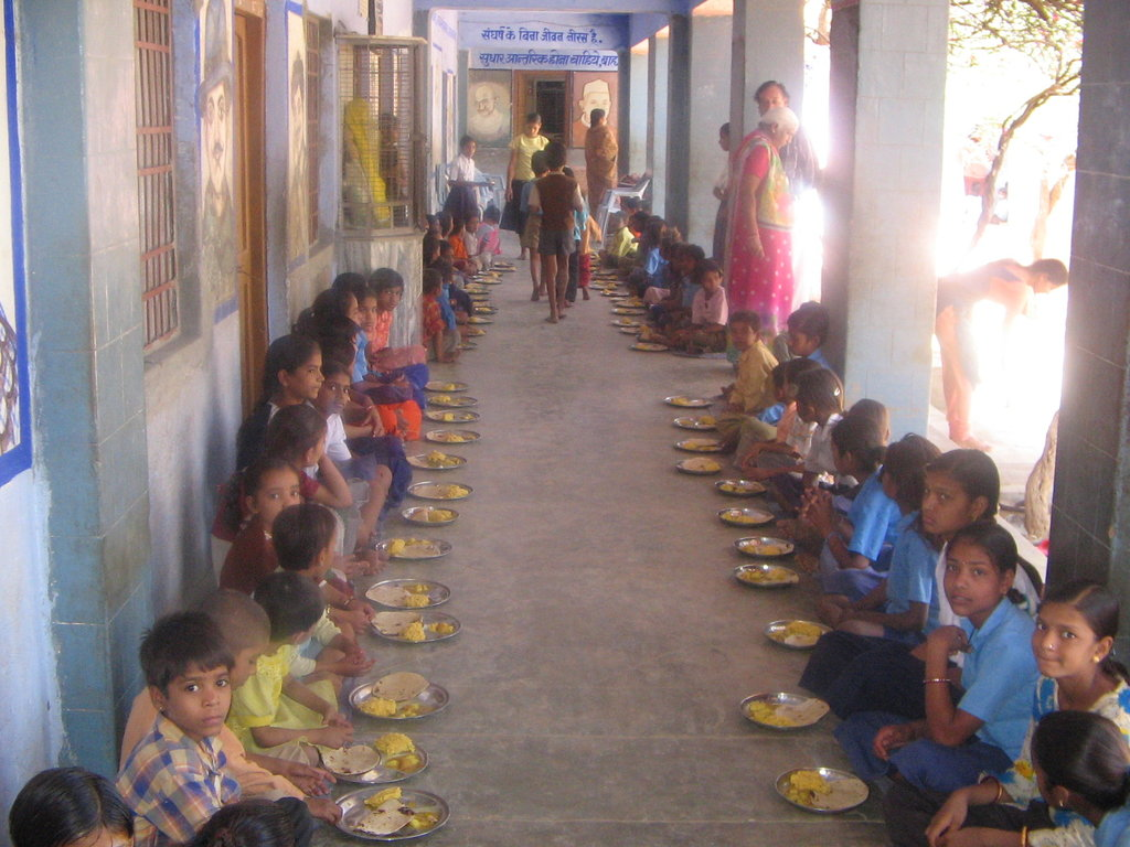 Nathdwara school children