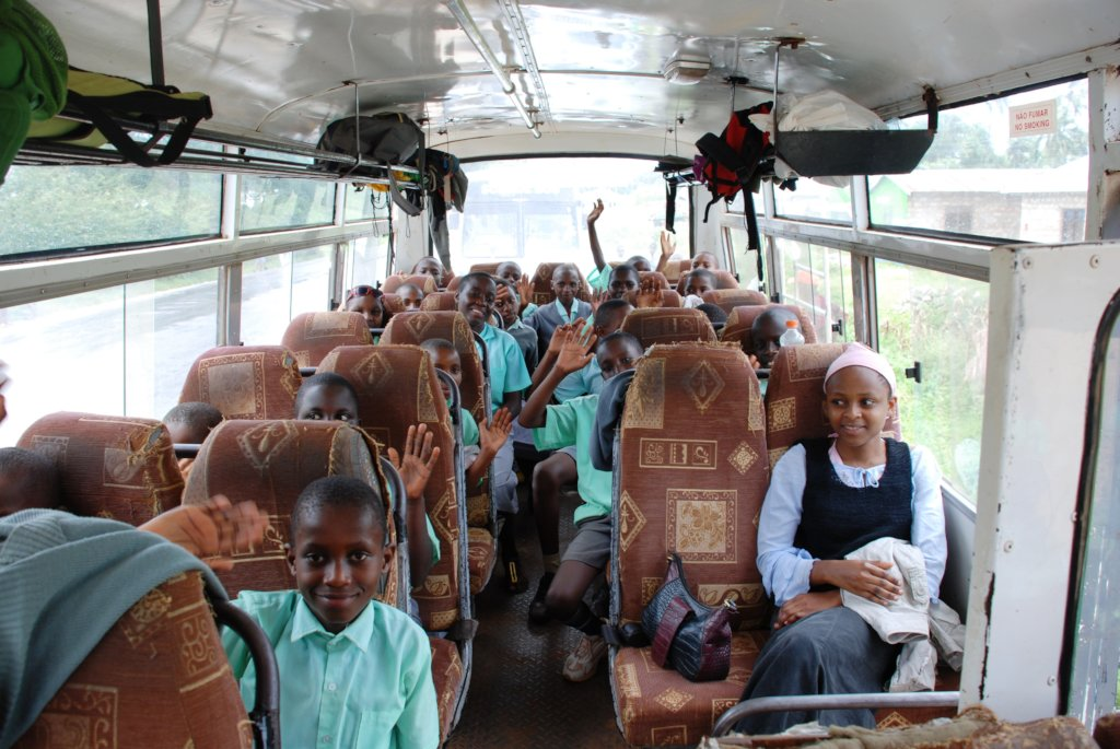 Educational trip for 100 school children in Kenya