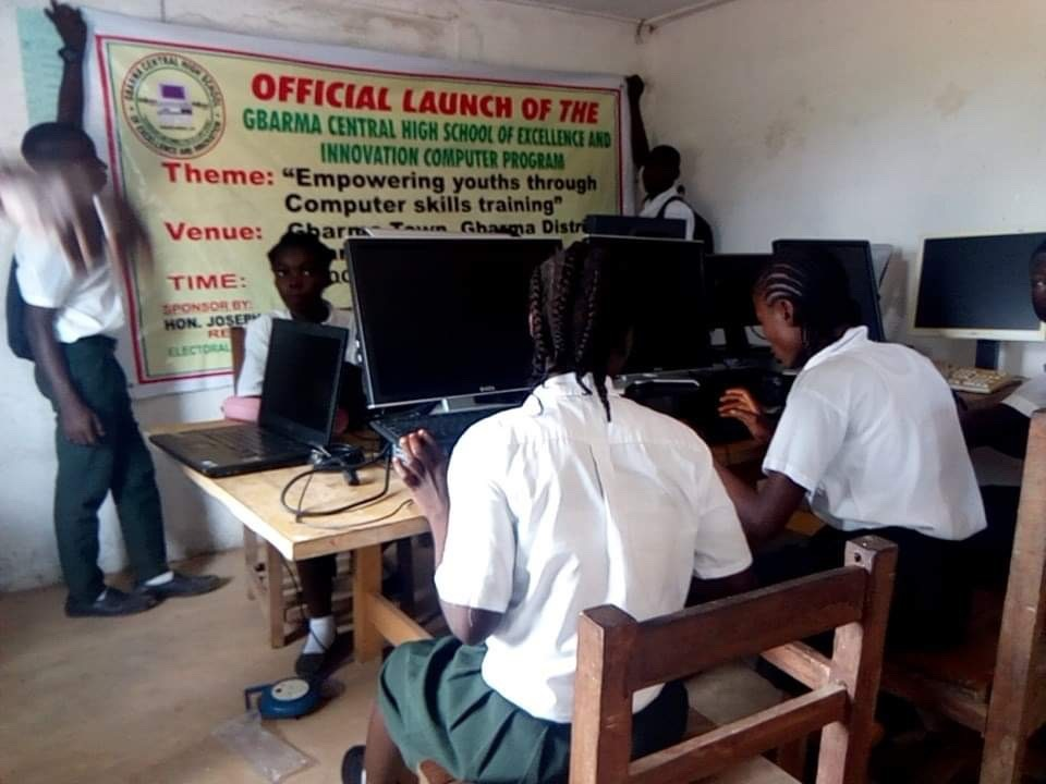 Computer lessons for girls