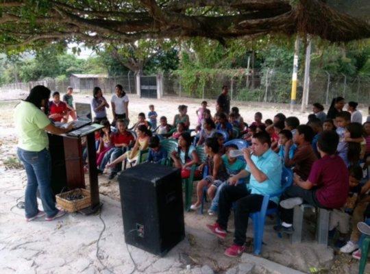 Help 50+ kids in Honduras build a school