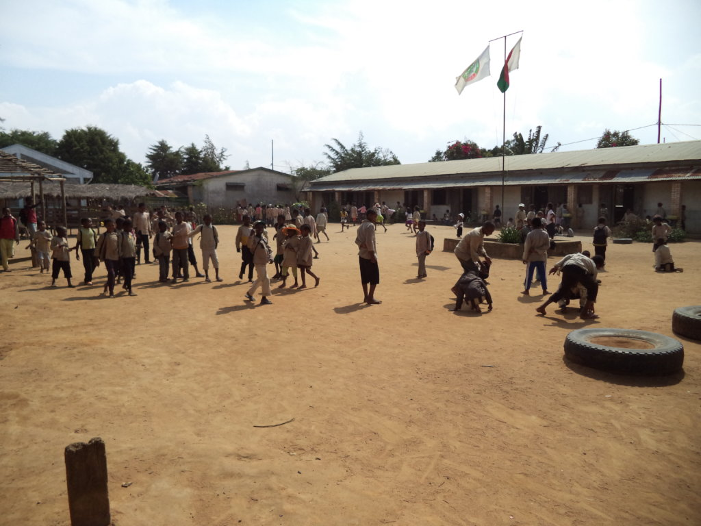 Sending pupils to secondary school in Madagascar
