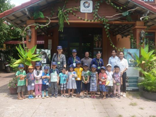 Nursery School visits the Nature Center