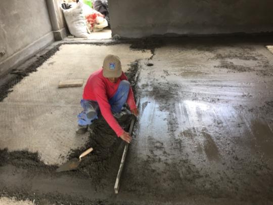 Humberto levelling floors
