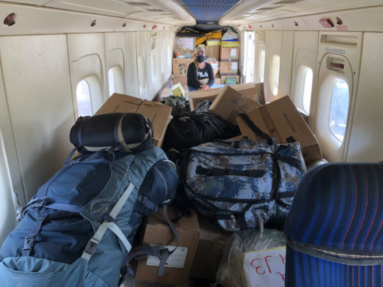 Plane full of medicines to indigenous communities