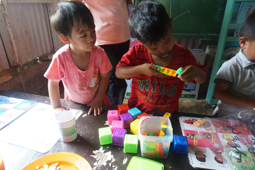 Using building block toys for the first time