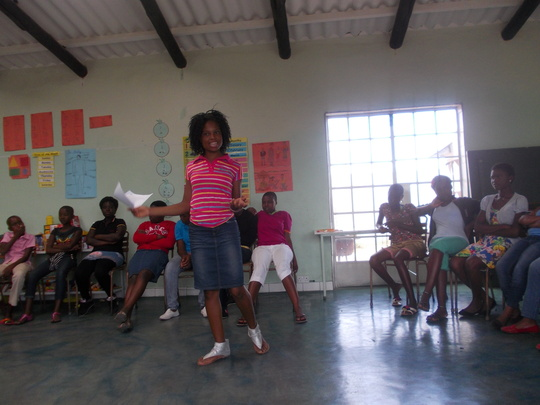 Pauline leads talk on relationships with our girls
