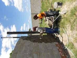 Thandiwe and Sithibisiwe plastering