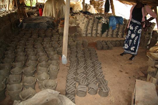 Fuel efficient clay stoves workshop